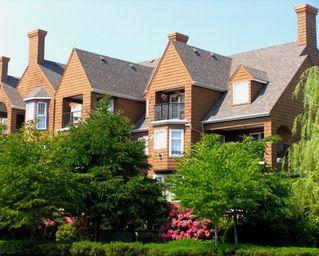 Photo 1: #409 1369 56TH Street in Delta: Condo for sale (Tsawwassen)  : MLS®# V770549
