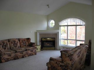 Photo 5:  in Carriage Court: Home for sale : MLS®# F2707525