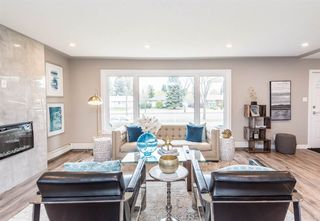 Photo 11: 14516 87 Avenue NW in Edmonton: Zone 10 House for sale : MLS®# E4183171