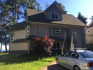 Photo 1: 5368 SEACREST Road in Halfmoon Bay: Halfmn Bay Secret Cv Redroofs House for sale (Sunshine Coast)  : MLS®# R2457714