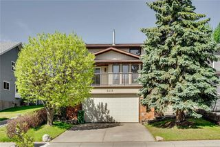 Photo 1: 5071 NORRIS Road NW in Calgary: North Haven Detached for sale : MLS®# C4299418