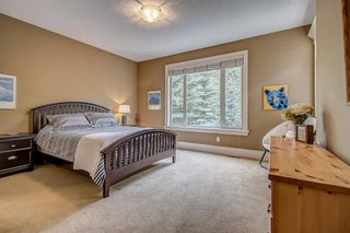 Photo 14: 72 DISCOVERY VALLEY Cove SW in Calgary: Discovery Ridge Detached for sale : MLS®# A1020097