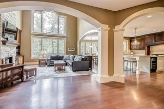 Photo 8: 72 DISCOVERY VALLEY Cove SW in Calgary: Discovery Ridge Detached for sale : MLS®# A1020097