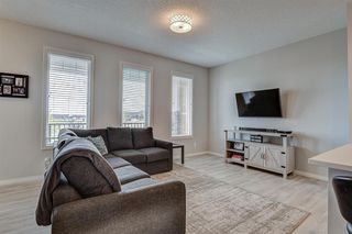 Photo 5: 604 EVANSTON Link NW in Calgary: Evanston Semi Detached for sale : MLS®# A1021283