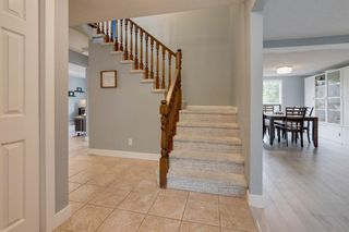 Photo 3: 151 Millrise Drive SW in Calgary: Millrise Detached for sale : MLS®# A1037985