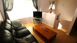 Photo 4: 69 Shauna Way in Winnipeg: North Kildonan Residential for sale (North East Winnipeg)  : MLS®# 1120428
