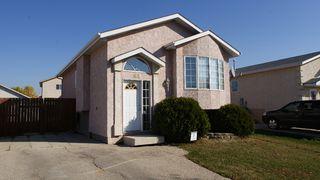 Photo 1: 69 Shauna Way in Winnipeg: North Kildonan Residential for sale (North East Winnipeg)  : MLS®# 1120428