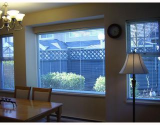 "Photo 4: 38 7433 16TH Street in Burnaby: Edmonds BE Townhouse for sale in ""VILLAGE DEL MAR"" (Burnaby East)  : MLS®# V672755"