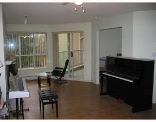 Photo 3: 313 2551 PARKVIEW Lane in Port_Coquitlam: Central Pt Coquitlam Condo for sale (Port Coquitlam)  : MLS®# V676885