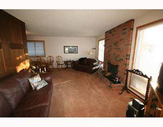 Photo 2: 124 WHITEHORN Crescent NE in CALGARY: Whitehorn Residential Detached Single Family for sale (Calgary)  : MLS®# C3310665