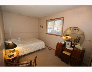 Photo 8: 124 WHITEHORN Crescent NE in CALGARY: Whitehorn Residential Detached Single Family for sale (Calgary)  : MLS®# C3310665