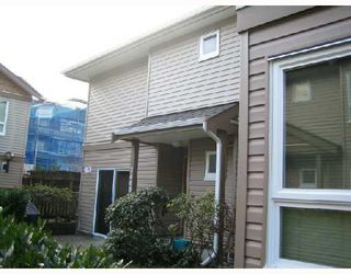 """Photo 2: 3468 WELLINGTON Avenue in Vancouver: Collingwood VE Townhouse for sale in """"WELLINGTON MEWS"""" (Vancouver East)  : MLS®# V699059"""