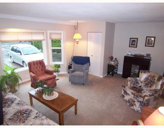 Photo 5: 12033 261ST Street in Maple_Ridge: Websters Corners House for sale (Maple Ridge)  : MLS®# V705113