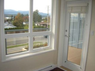 Photo 7: 1912 COMOX AVE in COMOX: Residential Detached for sale (#304)  : MLS®# 266358