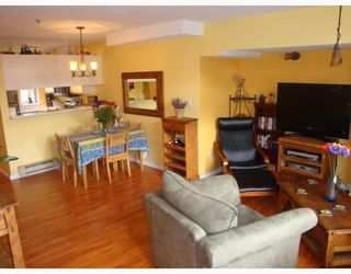 Photo 2: 3029 LAUREL ST in Vancouver: Condo for sale (Vancouver West)  : MLS®# V753164
