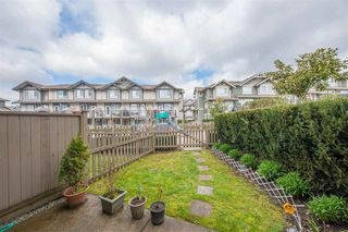 Photo 10: 67 7848 170 Street in Surrey: Fleetwood Tynehead Townhouse for sale : MLS®# R2389317