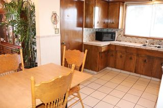 Photo 2: 16508 106 Street in Edmonton: Zone 27 House for sale : MLS®# E4181996