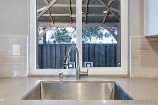Photo 13: SOUTHWEST ESCONDIDO House for sale : 3 bedrooms : 1289 Lancer Glen in Escondido