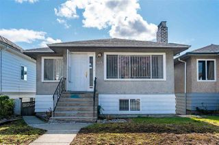 Photo 1: 414 E 60TH Avenue in Vancouver: South Vancouver House for sale (Vancouver East)  : MLS®# R2456662