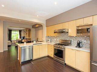 """Photo 8: 52 6888 ROBSON Drive in Richmond: Terra Nova Townhouse for sale in """"STANFORD PLACE"""" : MLS®# R2459240"""