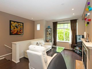 """Photo 3: 52 6888 ROBSON Drive in Richmond: Terra Nova Townhouse for sale in """"STANFORD PLACE"""" : MLS®# R2459240"""