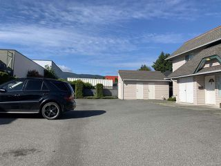 Photo 4: 2 3048 Ross Rd in NANAIMO: Na Uplands Condo Apartment for sale (Nanaimo)  : MLS®# 841507