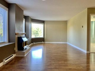 Photo 6: 2 3048 Ross Rd in NANAIMO: Na Uplands Condo Apartment for sale (Nanaimo)  : MLS®# 841507