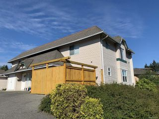 Main Photo: 2 3048 Ross Rd in NANAIMO: Na Uplands Full Duplex for sale (Nanaimo)  : MLS®# 841507
