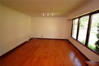 Photo 3: 1420 Somerville Avenue in Winnipeg: West Fort Garry Residential for sale (1Jw)  : MLS®# 202017423