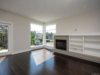 Photo 3: 845 Carrie St in : Es Old Esquimalt House for sale (Esquimalt)  : MLS®# 854430