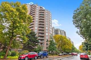 """Main Photo: 1102 1185 QUAYSIDE Drive in New Westminster: Quay Condo for sale in """"THE RIVIERA"""" : MLS®# R2502901"""