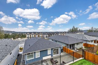 Photo 9: 2330 Azurite Cres in : La Bear Mountain House for sale (Langford)  : MLS®# 859454