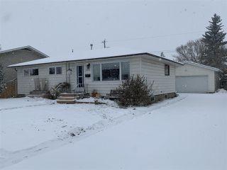 Photo 2: 16034 93 Avenue in Edmonton: Zone 22 House for sale : MLS®# E4220457