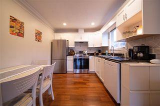 Photo 6: 5215 NORFOLK Street in Burnaby: Central BN 1/2 Duplex for sale (Burnaby North)  : MLS®# R2517719