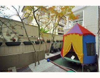 Photo 10: # 103 2110 YORK AV in Vancouver: Condo for sale : MLS®# V790281