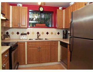 "Photo 4: 1 335 W 13TH AV in Vancouver: Mount Pleasant VW Townhouse for sale in ""CITY HALL"" (Vancouver West)  : MLS®# V575795"