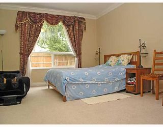 Photo 6: 825 NORTH Road in Coquitlam: Coquitlam West House for sale : MLS®# V704750