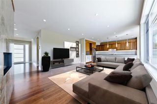Photo 6: 22 WEXFORD Way SW in Calgary: West Springs Detached for sale : MLS®# C4258447