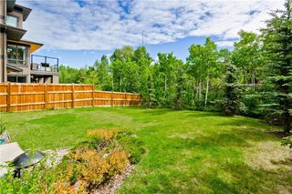 Photo 2: 22 WEXFORD Way SW in Calgary: West Springs Detached for sale : MLS®# C4258447