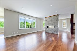 Photo 12: 22 WEXFORD Way SW in Calgary: West Springs Detached for sale : MLS®# C4258447