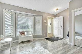 Photo 2: 3619 146 Avenue in Edmonton: Zone 35 House for sale : MLS®# E4168063