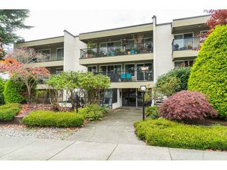 "Photo 4: 101 1351 MARTIN Street: White Rock Condo for sale in ""Dogwood Building"" (South Surrey White Rock)  : MLS®# R2414214"