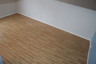 Photo 19: 2218 114 Street in Edmonton: Zone 16 House Half Duplex for sale : MLS®# E4179703