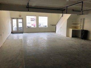 Photo 2: 10054 164 Street in Edmonton: Zone 22 Office for sale : MLS®# E4181900