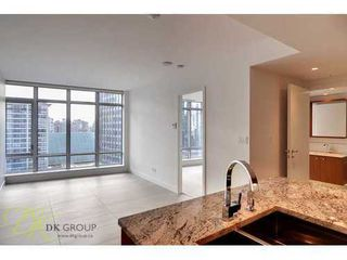 Photo 3: 1201 1028 BARCLAY Street in Vancouver West: Home for sale : MLS®# V880404