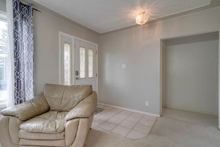 Photo 3: 6820 98 A Avenue in Edmonton: Zone 19 House for sale : MLS®# E4185504