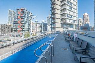 "Photo 16: 1207 1372 SEYMOUR Street in Vancouver: Downtown VW Condo for sale in ""THE MARK"" (Vancouver West)  : MLS®# R2445811"