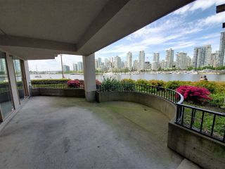 """Photo 3: 113 1859 SPYGLASS Place in Vancouver: False Creek Condo for sale in """"San Remo Court"""" (Vancouver West)  : MLS®# R2455920"""
