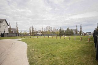 Photo 3: 1077 MCKINNEY Green in Edmonton: Zone 14 House for sale : MLS®# E4198553