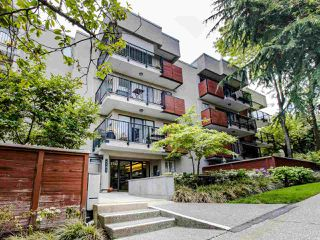 Photo 2: 110 2142 CAROLINA Street in Vancouver: Mount Pleasant VE Condo for sale (Vancouver East)  : MLS®# R2460537